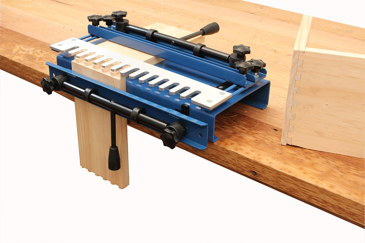 Dovetail Jig 12in with 1/2in half-blind template