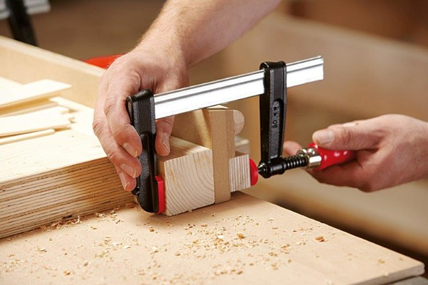Quick Action Wooden Handle Clamps